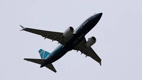 Boeing 737 MAX lähti maanantaina testilennolle Seattlesta.