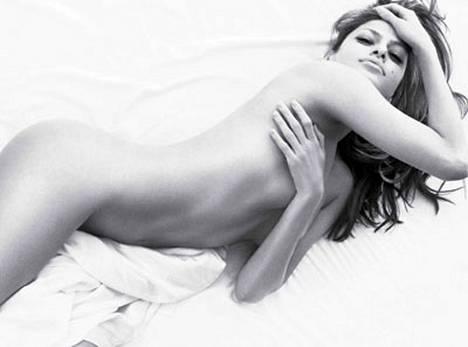 Eva Mendesin sulot laittoivat mainoksen pannaan.
