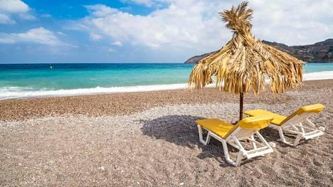 Kreikka uskoo vetovoimaansa maana, jossa voi tehdä etätöitä. Kuva Rhodokselta, tyhjältä rannalta läheltä Lindoksen kylää.