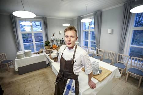 25-vuotias ravintolayrittäjä Lauri Kaivoluoto toimittaa maanantaina ja tiistaina ruoat vantaalaiseen Ylästön päiväkotiin.