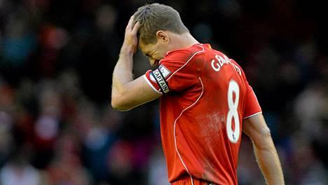 Steven Gerrard haluaa unohtaa viime huhtikuun tapahtumat.