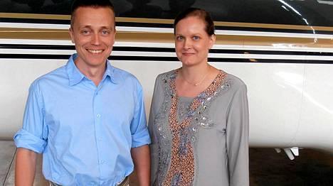Jemenissä yli neljä kuukautta siepattuna olleet Atte ja Leila Kaleva palasivat Suomeen perjantaina iltapäivällä.