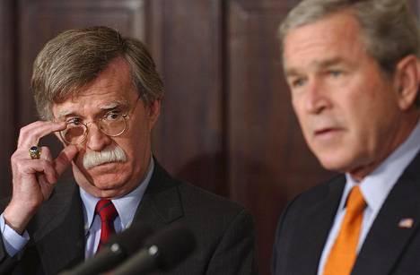 John Bolton muistetaan parhaiten osuudestaan Irakin sodan alkamiseen toimiessaan presidentti George W. Bushin hallinnossa.