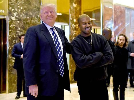 Kanye West on aiemmin kertonut tukevansa Trumpia presidenttikisassa.