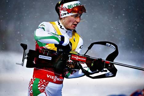 Darja Domratsheva Kontiolahden MM-kisoissa 2015. Sairastelut estivät kilpailun viime kaudella.