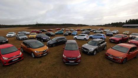Näistä 39 autosta kuusi tappelee Vuoden Auto Suomessa 2018 -tittelistä.
