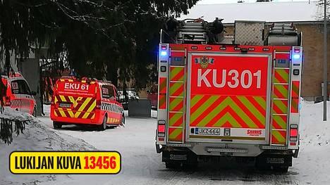 Ensimmäinen hälytys Vantaan Maauunintielle tuli kello 10.07. Tulipalossa kuoli yksi henkilö.