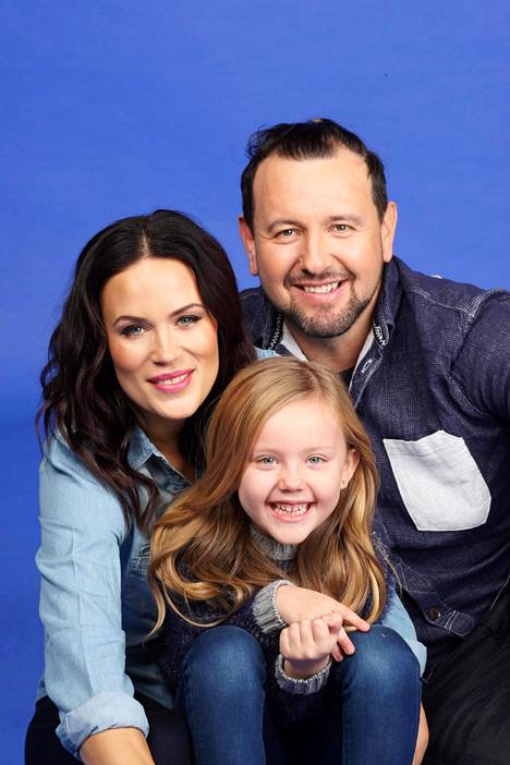 Martina ja Esko jakavat tasapuolisesti Victoria-tyttären vanhemmuuden.