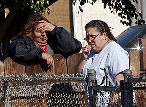 Naapuruston asukkaat olivat järkyttyneitä perheen kohtalosta.