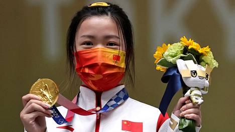 Yang Qian voitti lauantaina olympiakultaa 10 metrin ilmakiväärissä.