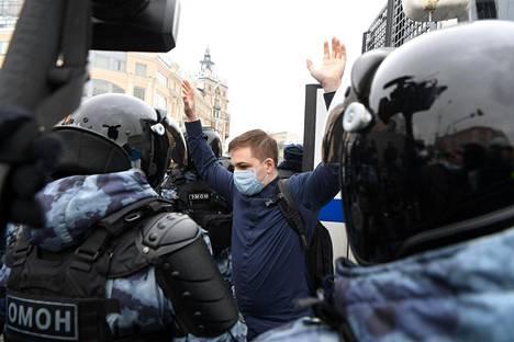 Venäjän mielenosoittajien joukossa on paljon koulutettuja nuoria ihmisiä. Kuva on Moskovasta sunnuntailta.