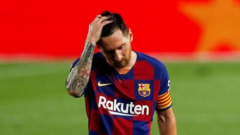 Lionel Messi oli synkkä mies torstai-illan Osasuna-tappion jälkeen.