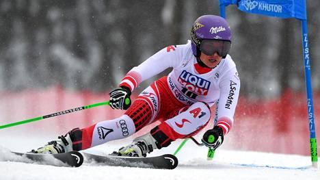Anna Veith voitti olympiakultaa.
