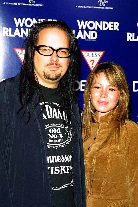 Jonathan Davisin ja Deven Davisin häitä juhlittiin Havaijilla 2004. Parilla on kaksi lasta, vuonna 2005 syntynyt Pirate ja vuonna 2007 syntynyt Zeppelin.