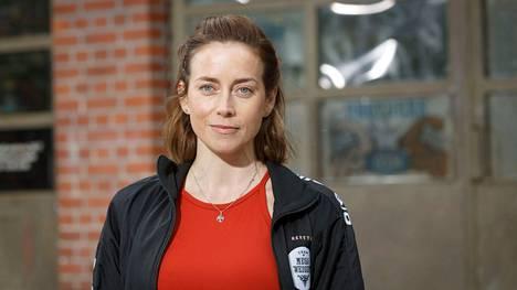 Iina Kuustonen Punttikomedian kuvauksissa Nokialla.