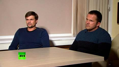Ruslan Borishov (vas.) ja Aleksandr Petrov RT:n haastattelussa. Kuvakaappaus videolta.