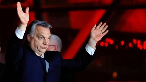 Pääministeri Viktor Orban julisti puolueensa vaalivoittajaksi.