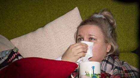 Nenä menee tukkoon yleisemmin limakalvojen turpoamisen kuin rään takia.