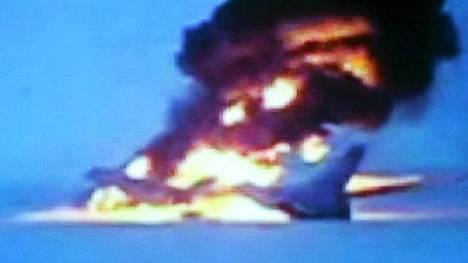 Tupolev-154B-kone syttyi tuleen Surgutin lentokentän kiitoradalla Länsi-Siperiassa lauantaina.