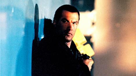 Kaappaus merellä (1992) on Seagalin menestynein elokuva.