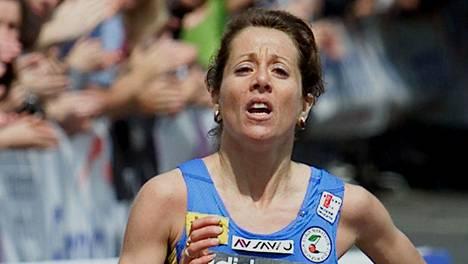 Maura Viceconte voitti Prahan maratonin vuonna 2001.