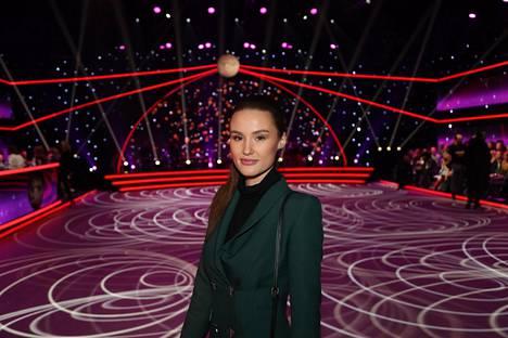Lapsi on Beata Pappin esikoinen. Mikko Leppilammella on aikaisemmasta suhteestaan Lilia-tytär. Beata Papp on tullut vuosien varrella suomalaisille tutuksi paitsi vuoden 2018 Miss Suomi -finalistina myös taitoluistelijana. Hän valmentaa taitoluistelijoita työkseen.