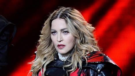 Madonnan kiertueen keikat peruuntuivat.