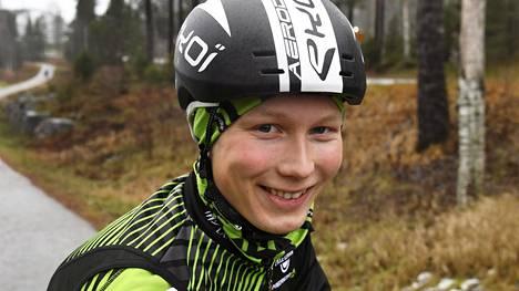 Jaakko Hänninen kaatui Giron aika-ajossa. Arkistokuva.