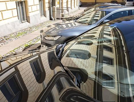 Vaikka tänä vuonna hankitaan yhdeksän uutta autoa, samaa määrää ei myydä alta pois, sillä myös kuljetettavien määrä lisääntyy.
