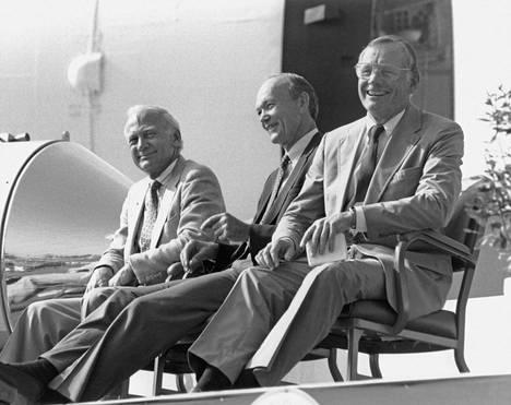 Aldrin, Collins ja Armstrong juhlistivat kuulennon 20-vuotispäivää Kennedy Space Centerissä heinäkuussa 1989.