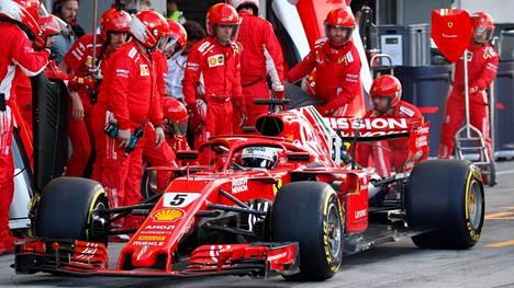Ferrarin ex-kuljettajan Felipe Massan kausituomio: Vettel ja talli eivät ole kestäneet paineita
