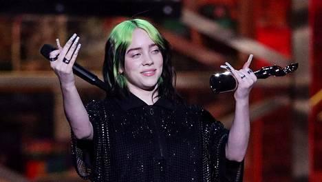18-vuotias Billie Eilish on yksi tämän hetken suosituimmista laulajista.
