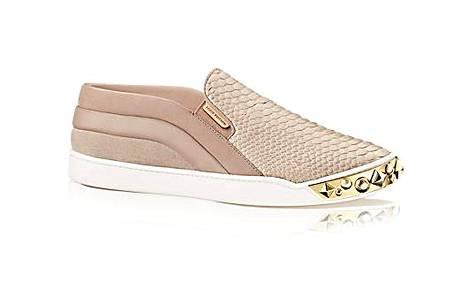 Louis Vuittonin tyylikkäät slip-onit.