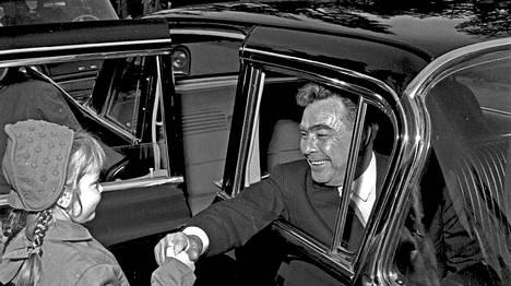 Kekkosen henkilökohtaisella virkalimusiinilla kuljetettiin myös Neuvostoliiton johtoa.