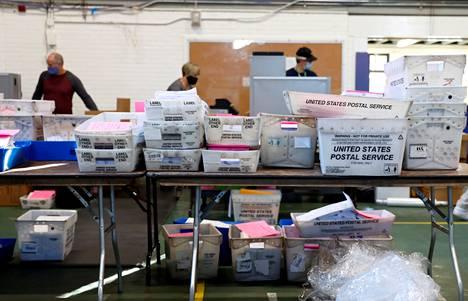 Postiääniä Chesterin Countyn piirikunnassa Pennsylvaniassa marraskuisissa vaaleissa.