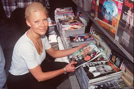 Linda Lampeniuksesta tuli Playboy-kuvien myötä Suomen suurin seksisymboli 1990-luvun lopulla.