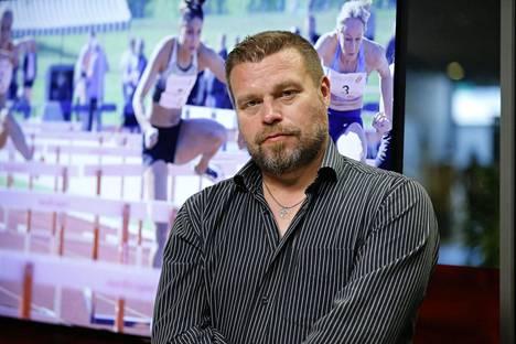 Yleisurheiluasiantuntija Lauri Hollo toivoo, että lajiväki yrittäisi kaikesta huolimatta käyttää poikkeusajan myös hyödykseen.