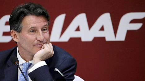 Entinen huippujuoksija Sebastian Coe on Kansainvälisen urheiluliiton puheenjohtaja.