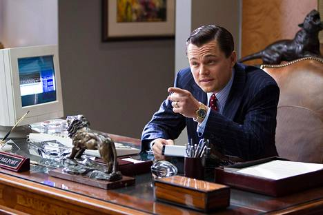 Leonardo DiCaprio esittää Wolf of Wall Streetissä pääosaa.