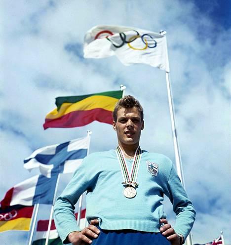 Pauli Nevala voitti olympiakultaa tuloksella 82,66.