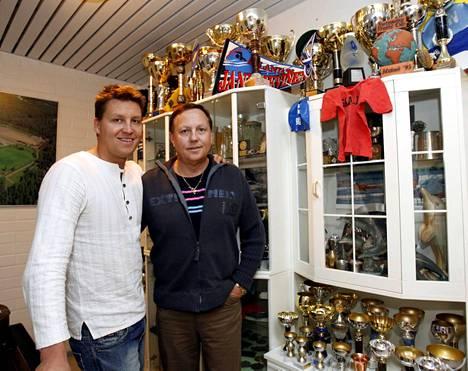 Jani ja Esa Sievinen vuonna 2008. Sievinen lopetti menestyksekkään uransa vuonna 2006.