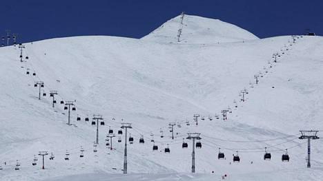 Kaukasusvuorilla sijaitsevan Gudaurin hiihtokeskuksen kerrotaan olevan etenkin venäläisten ja ukrainalaisten turistien suosiossa.