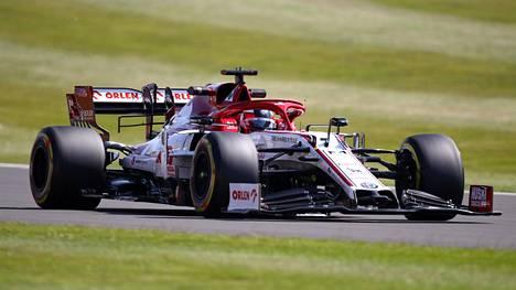 Kimi Räikkönen ei ole vielä tällä kaudella päässyt MM-pisteiden makuun.