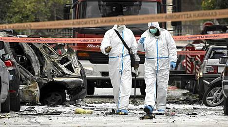 Räjähde oli kiinnitetty varastettuun moottoripyörään.