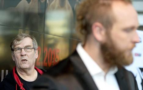 Robert Heleniuksen manageri-isä Karl kertoo, että hänen poikansa on huippuiskussa.