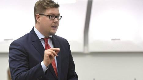 Antti Lindtman eduskunnan täysistunnossa syyskuun alussa.
