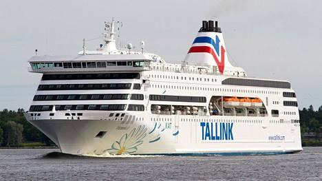 Normaalisti Tallinnan ja Tukholman välillä liikennöivä Victoria I siirtyi Silja Europan korvaajaksi Helsinki-Tallinna-reitille.