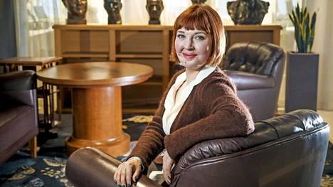 – Pääsen nykyään helpommin eteenpäin ikävistä asioista, Ulrika Björkstam kertoo muutoksestaan.