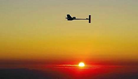 Solar Impulse- kone teki historiaa.