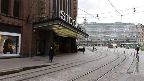 Stockmannin tavaratalo Helsingissä 18. maaliskuuta 2020.